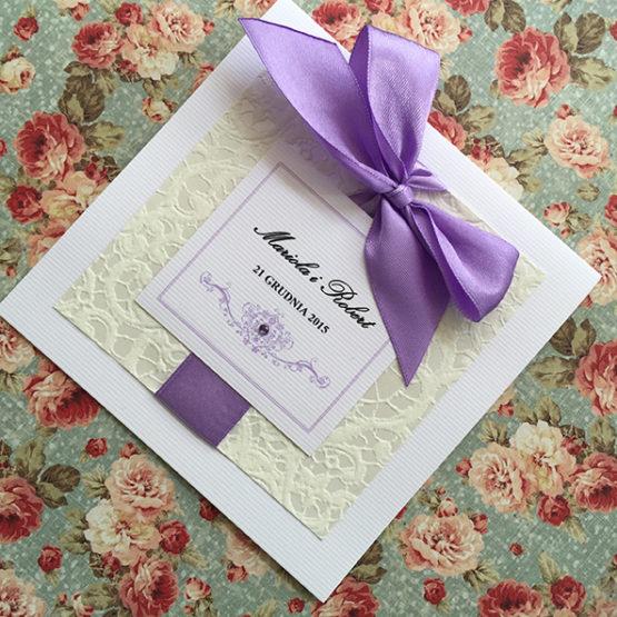 Zaproszenie Belmonte z kokardą wklejaną – liliowy